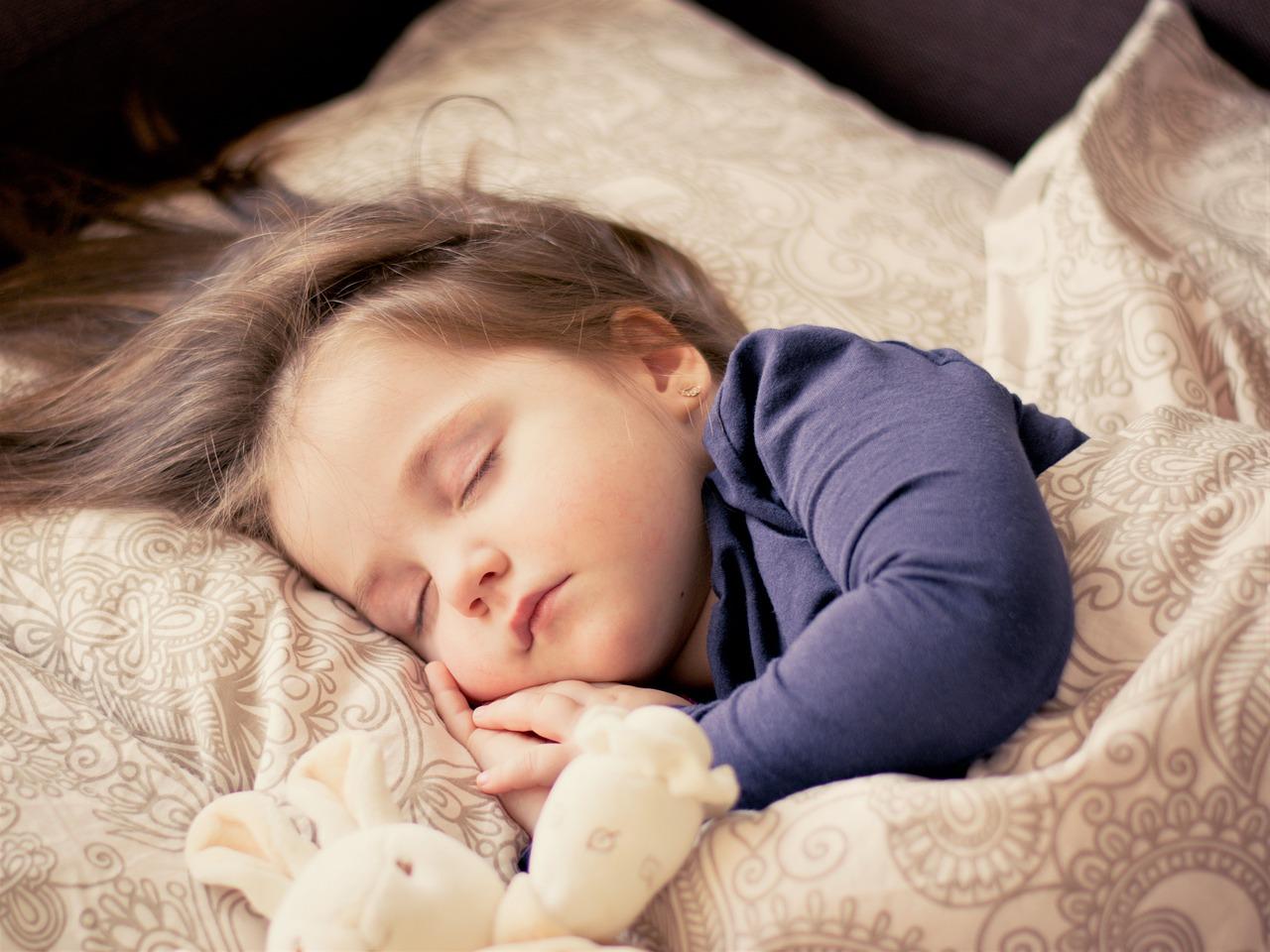 赤ちゃんが寝てるイメージ