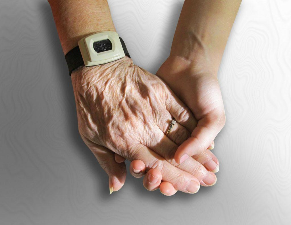 若い手と老いた手