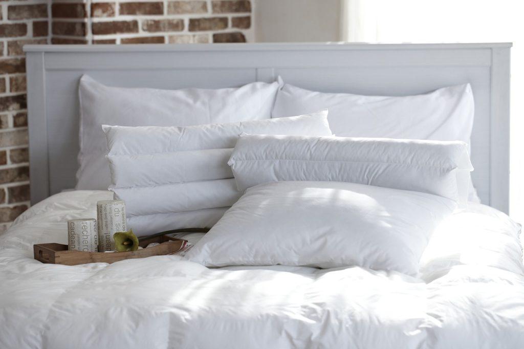 たくさんの枕