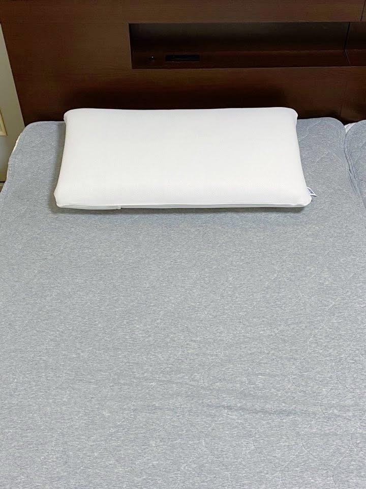 エアウィーヴ枕を置いた写真