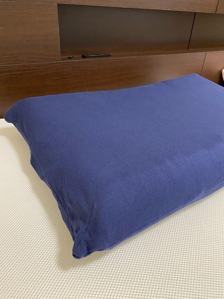 アラエルーノピローをベッドのセット